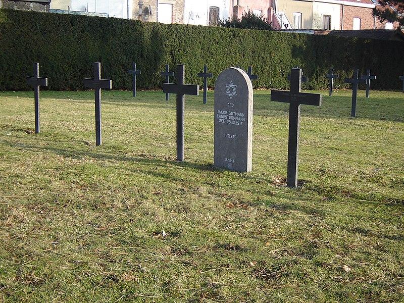 Deutscher Soldatenfriedhof Halluin in Halluin. German and Jewish war graves. Halluin, Nord, Nord-Pas-de-Calais, France