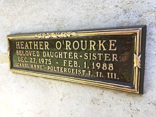 Heather O'Rourke crypt 2.jpg