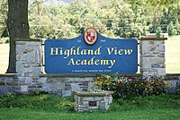 Highland View Academy entrance sign DSC 0228.jpg