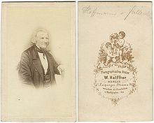 Carte de visite um 1860 (Quelle: Wikimedia)
