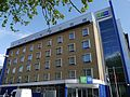 Holiday Inn Express, North End Road, Fulham, London 01.jpg