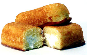 English: Twinkies (Hostess Twinkies is a trade...