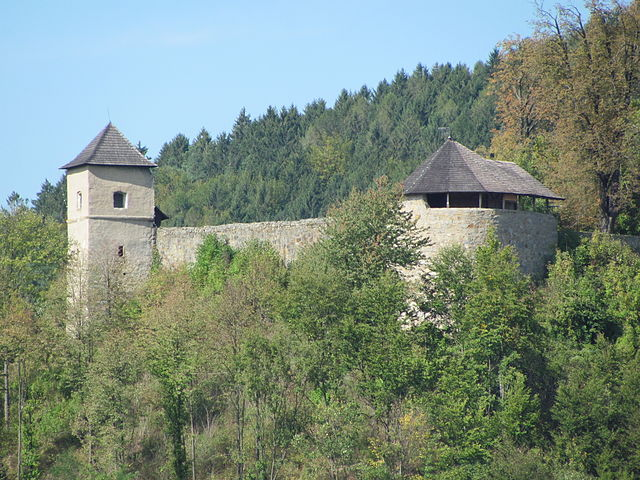 Hrady v Česku - Brumlov