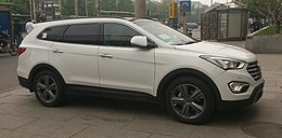 Hyundai Grand Santa Fe 001 China 2014-04-24.jpg