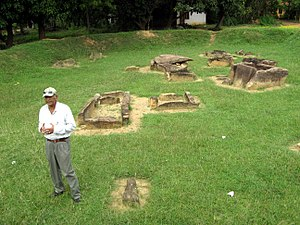 Ibbankatuwa Megalithic Tombs - Image: Ibban Katuwa, Sri Lanka 0021