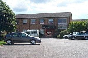 Ifield Community College - School in 2004 before demolition in 2005