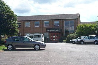 Ifield Community College - School in 2004 before demolition in 2005