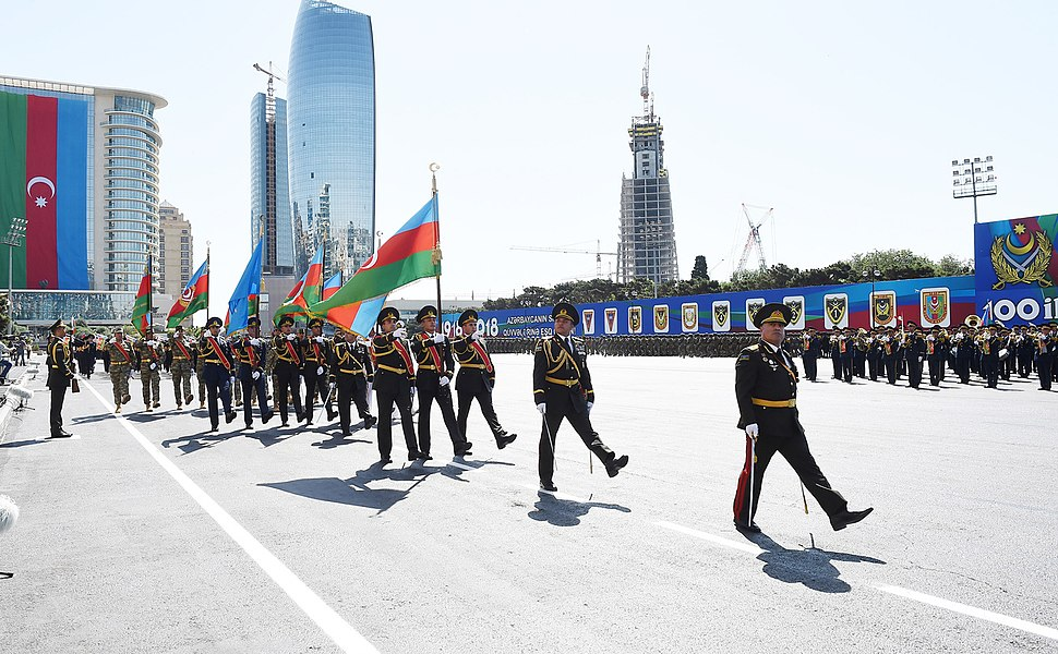 Ilham Aliyev attended the parade 09
