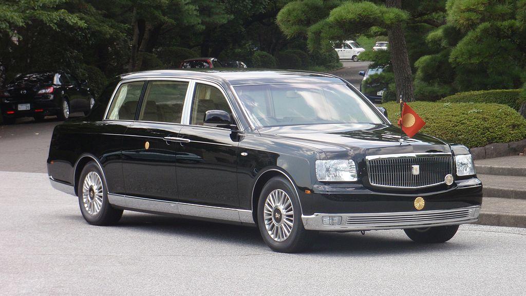 1024px-Imperial_Processional_Car.jpg
