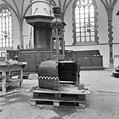 Interieur kap van de preekstoel - Haarlem - 20098967 - RCE.jpg