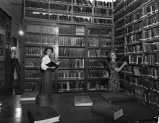 Interior of Townsville library, ca. 1948 (8808717962)