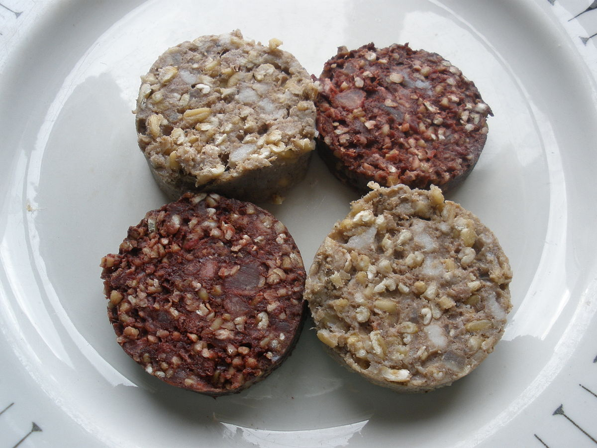 Irish black and white pudding slices.JPG