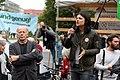 Jürgen Trettin und Jasmin Tabatabai bei einer Demo für die Schließung Tegels (49065425862).jpg