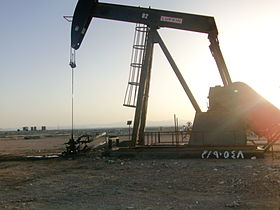 Jack Pump in the sunset- Egypt.JPG