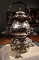 James shruder, samovar su base, argento, 1752, 01.jpg