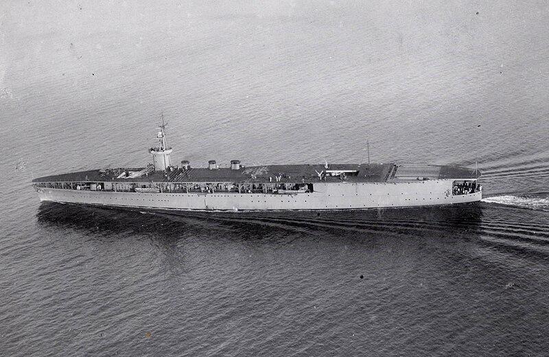 File:Japanese aircraft carrier Hōshō Tokyo Bay.jpg