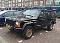 Jeep Cherokee Limited (30848385488).jpg