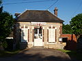 Jeuilly-FR-89-mairie-03.jpg