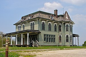 John Deere House - Image: John Deere Mansion Moline