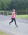 Jonge vrouw aan het sporten Ladiesrun 2015.jpg