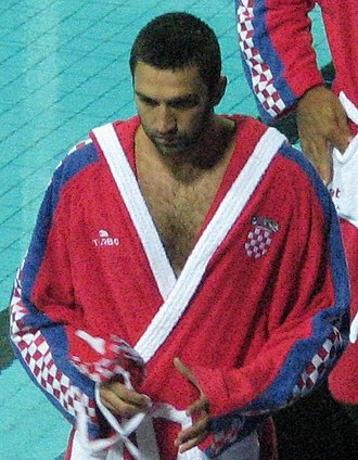 Olympiacos Water Polo Club - Olympiacos' goalkeeper Josip Pavić, FINA World Water Polo Player of the Year in 2012