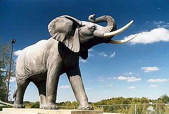 St. Thomas, Ontario - Life-sized Jumbo statue