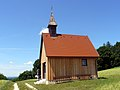 Kapelle auf dem Sandberg Aalen Sommer.jpg
