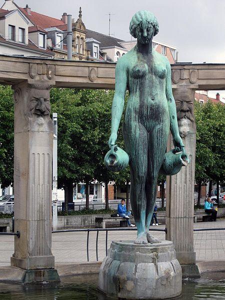 File:Karlsruhe Stephanienbrunnen 2014.jpg