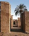 Karnak-48-Zugang zu Ptah-Tempel-1982-gje.jpg