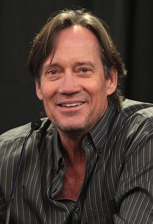 Kevin Sorbo - Sorbo speaking at Phoenix Comicon Fan Fest in December 2015