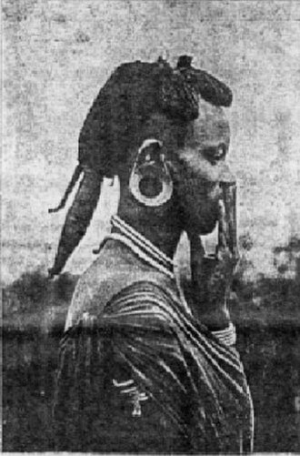 Kikuyu people - Kikuyu man from 1910