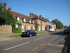 Kings Langley - Image: Kings Langley High Street
