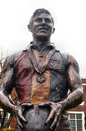 Neil Roberts (Australian footballer) - Life-size bronze statue of Neil Roberts