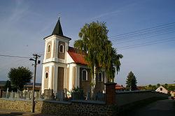 Kostel sv. Barbory Velešovice 2012.JPG