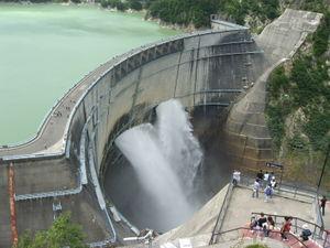 Tateyama Kurobe Alpine Route - Kurobe dam