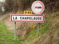 La Chapelaude-FR-03-panneau d'agglomération-3.jpg