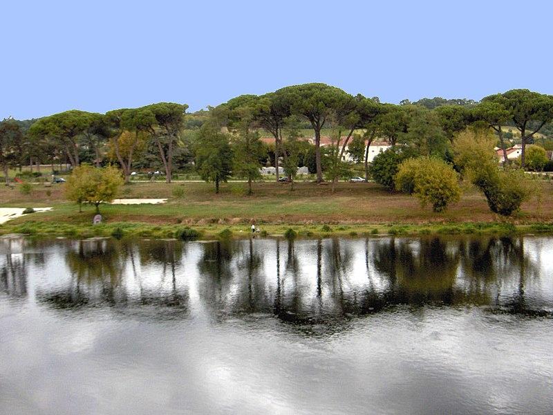 File:La dordogne - panoramio.jpg