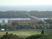 Lago di Paola visto dalla torre del Comune