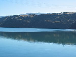 Lake Roxburgh - Image: Lake Roxburgh (383470486)