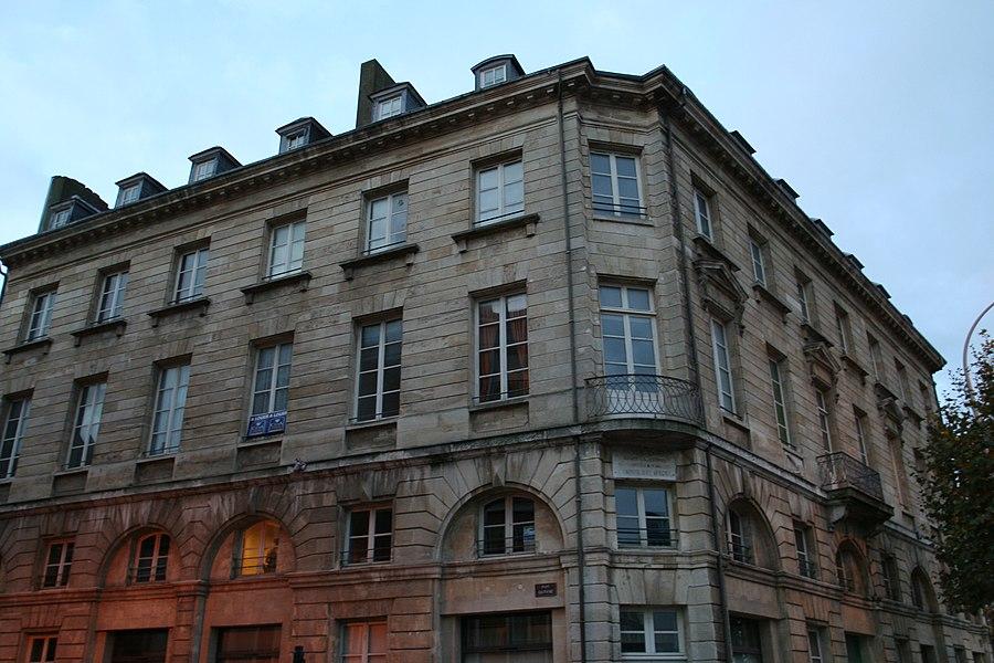 Immeuble au Havre à l'angle du quai Casimir-Delavigne et de la rue Dauphine.