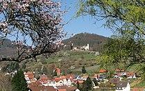 Leinsweiler (Pfalz) mit Slevogthof.JPG