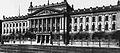 Leipzig, Universität Augusteum am Augustusplatz Foto von 1889 Quelle Leipzig Fotografien 1867 bis 1929.jpg