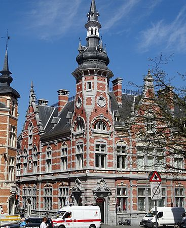 Leuven - Brabantse Pijl, 15 april 2015, vertrek (C19).JPG