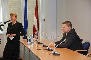Linda Abu Meri - Linda Mūrniece with Valdis Dombrovskis