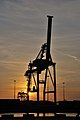 Livorno - Porto - La gru giraffa - panoramio.jpg