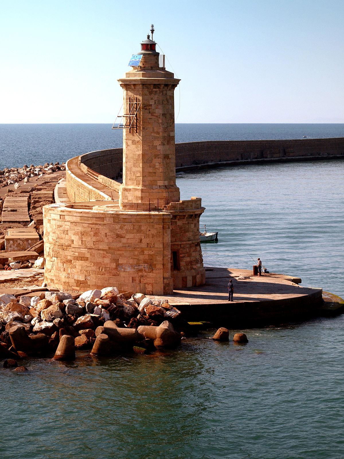 Faro della Diga Curvilinea - Wikipedia
