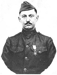 Lloyd M. Seibert - WWI Medal of Honor recipient.jpg