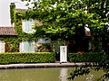 Lock house at Mediterranee Lock on the Canal du Midi.jpg