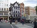 London (2847063911).jpg