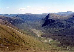 Looking east from the summit of Sgurr nan Ceannaichean.jpg